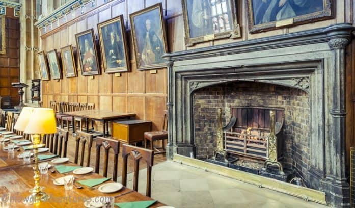 How to spend a day in Oxford and walk in the footsteps of Prime Ministers, literary gods, Harry Potter, Mr Tumnus and a thousand years of British history.