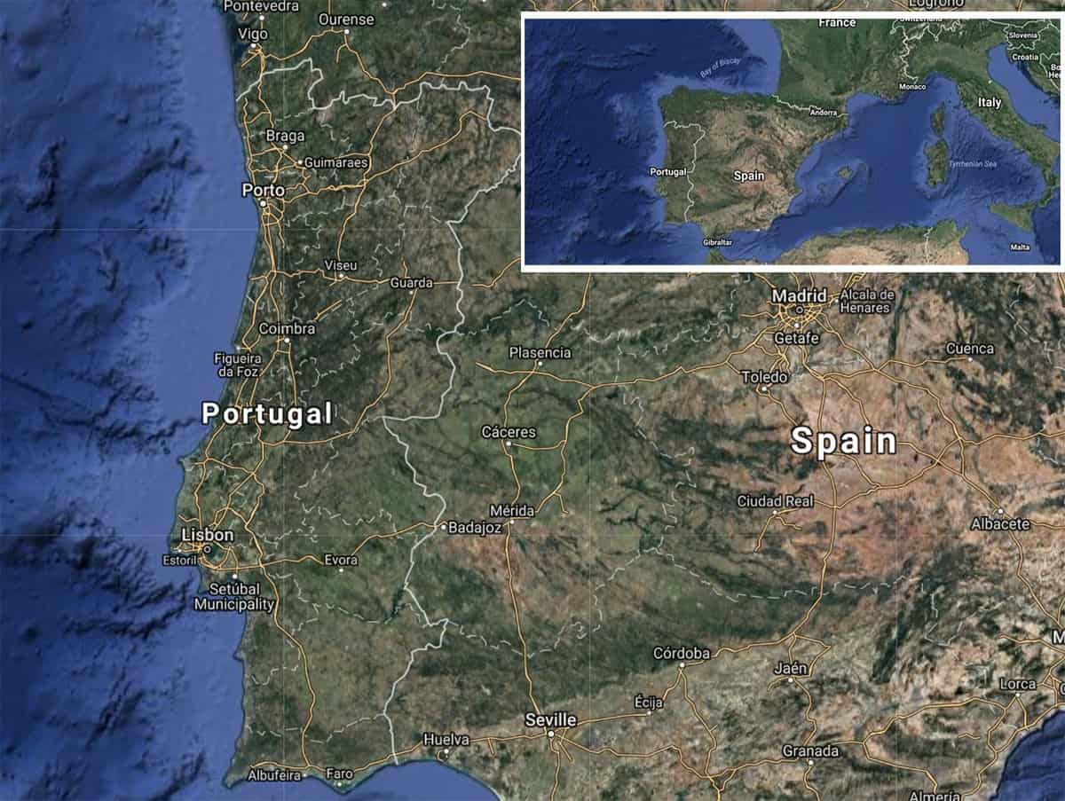 Camper van travel in Portugal - Map of Portugal