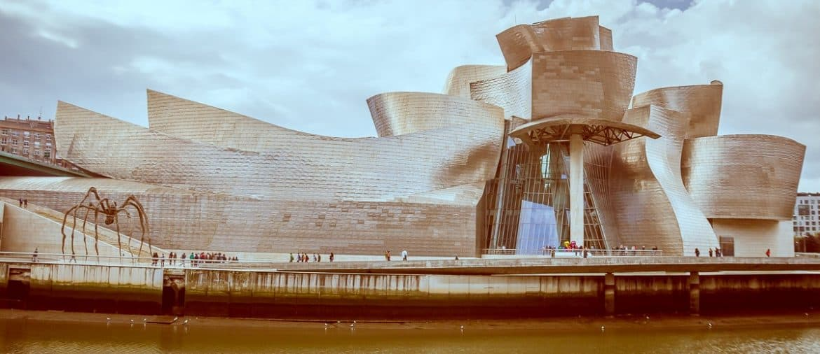 From the 700 year old seven streets to the uber-modern Guggenheim Museum Bilbao is a perfect city break. Use our guide on how to spend a day in Bilbao.