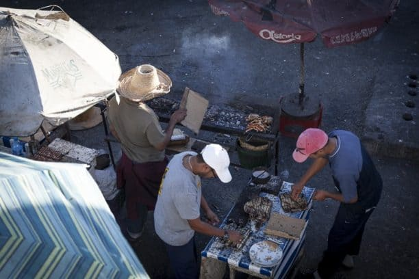 An authentic culinary experience at the fishing harbour of Essaouira
