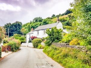 Cornwall's most scenic road trip routes will inspire your next driving holiday with empty country lanes, stunning coastlines and pretty clifftop villages.