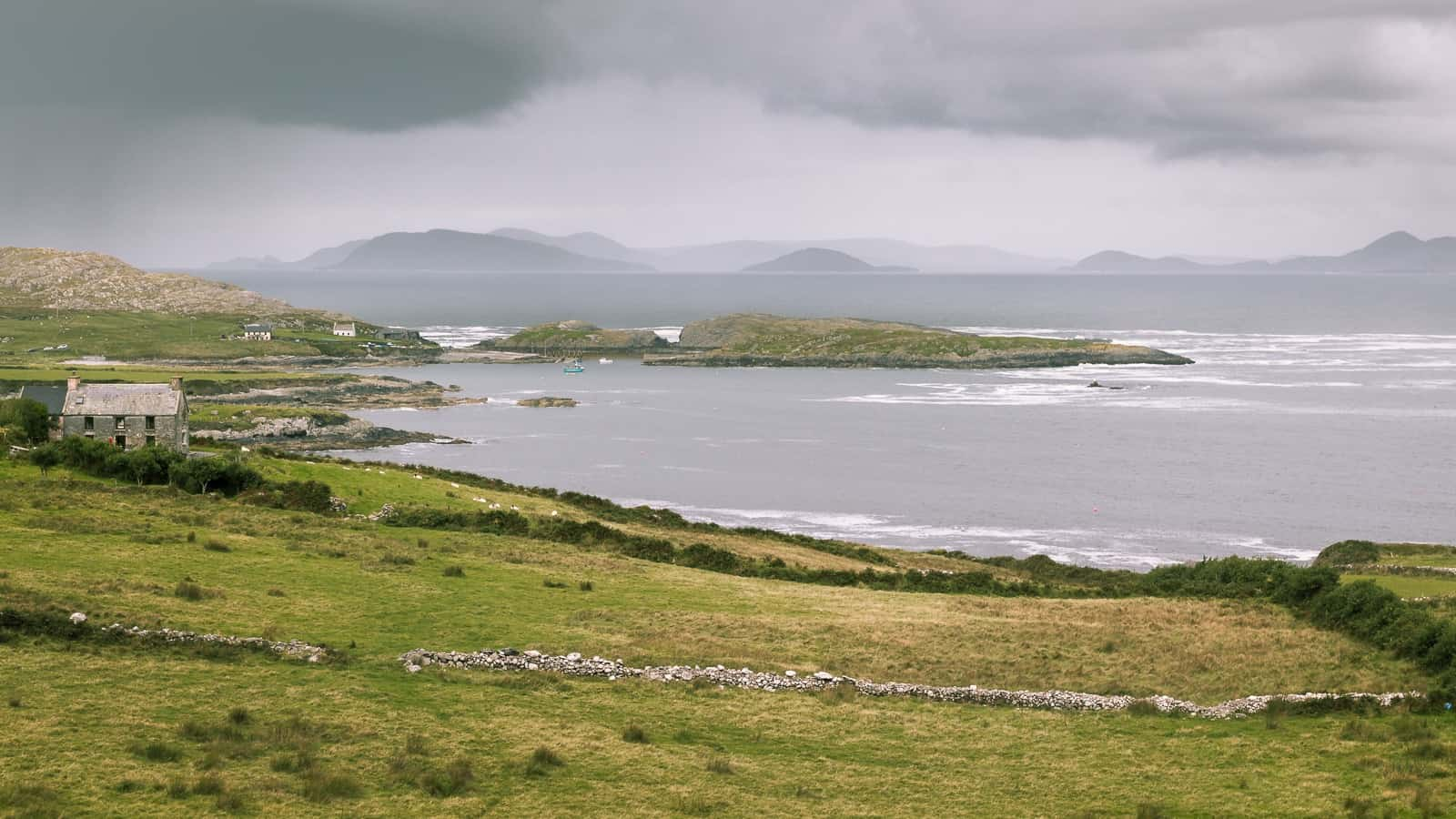 Beara Peninsula - A brief guide to the Ring of Beara on Ireland's Wild Atlantic Way.