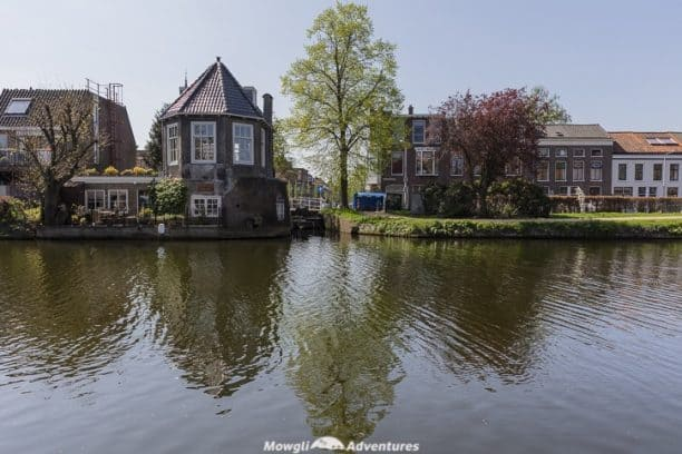 Free camping in the Netherlands in your camper van or motorhome is easy to do. Follow our approach and you could save upto €40 per night on campsite fees. Includes tips, the challenges we faced and where we stayed.