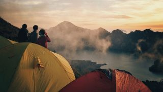 Explore your boundaries with World Nomads