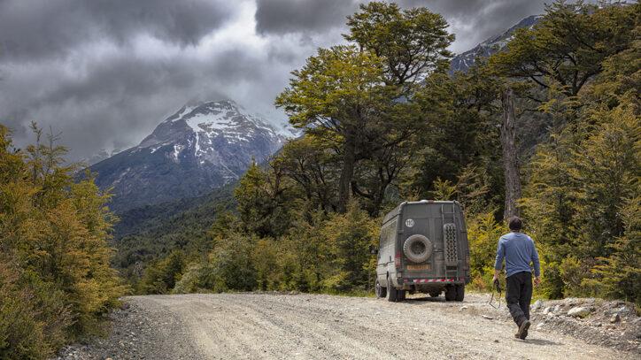 Road to Glacier Exploradores