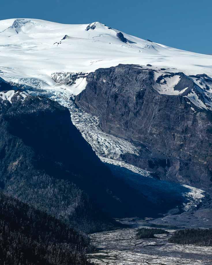 Michinmahuida Glacier in Pumalin Park