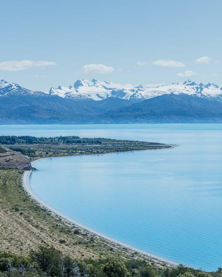 panormaic views ont eh road around lago general carrera