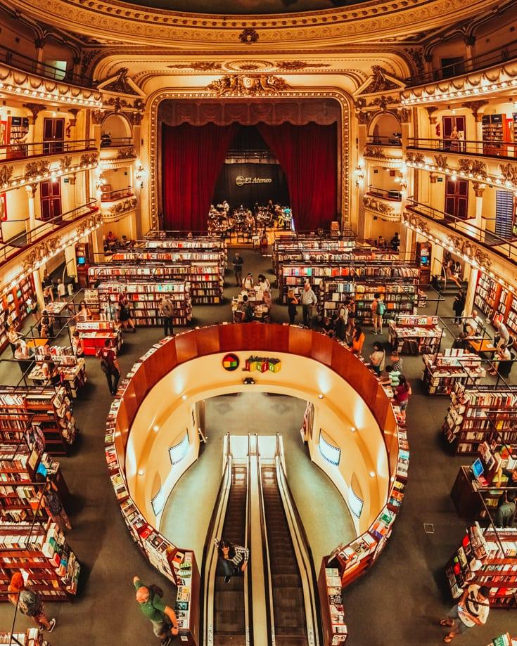 Libreria El Ateneo Grand Splendid bookshop in Recoleta Buenos Aires