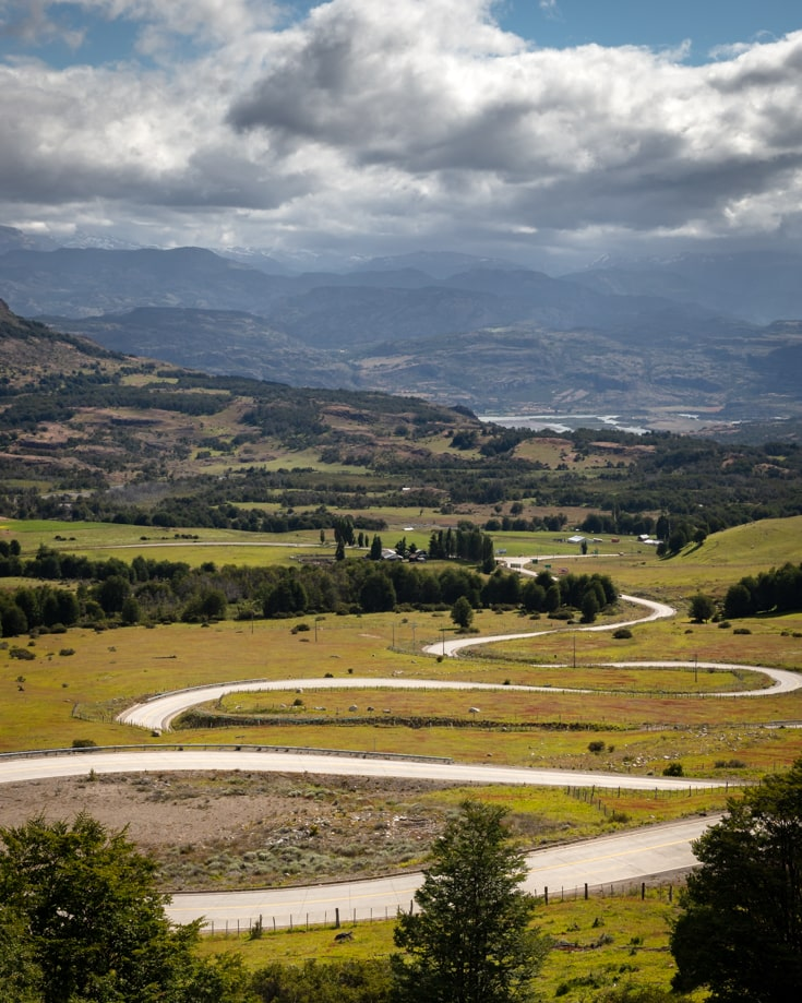 winding roads on the carretera austral