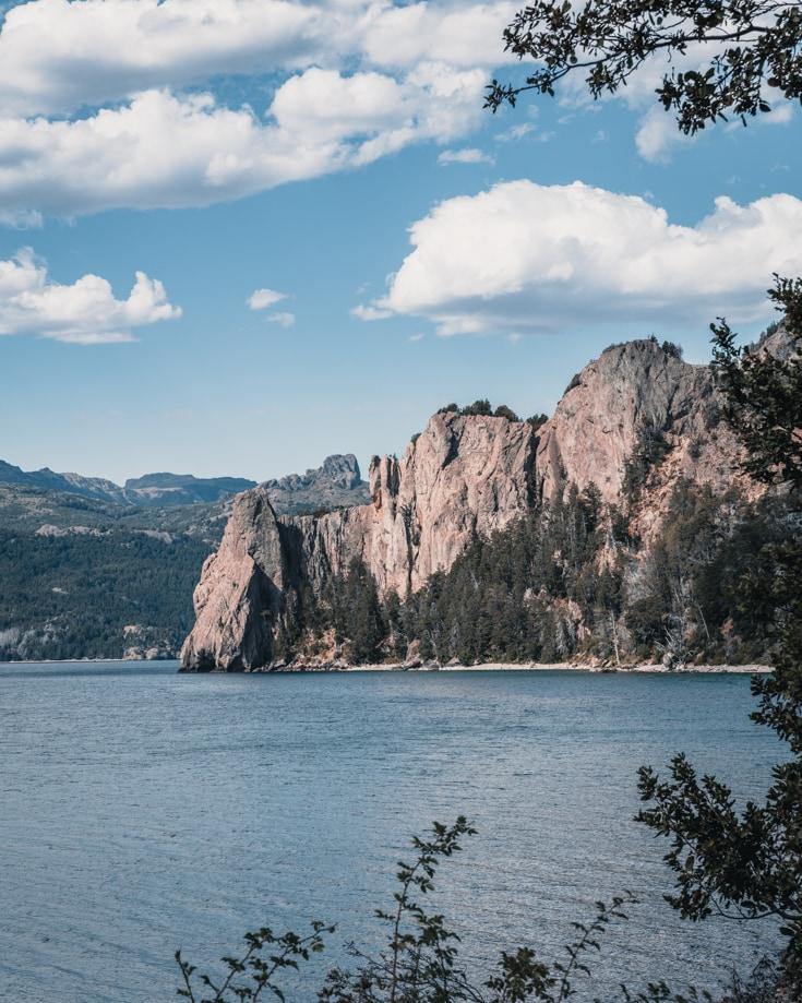 Lago Traful cliffs