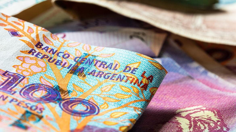 travel money in Argentina