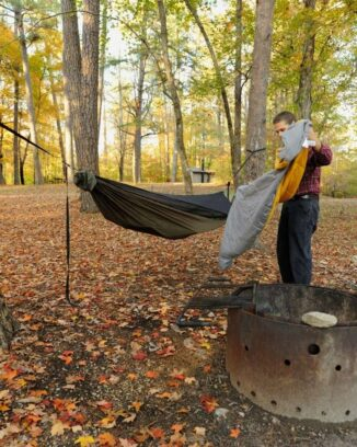 portable hammock stand quilt