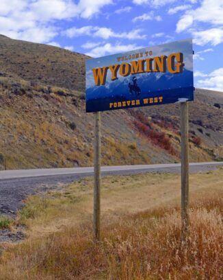 state of Wyoming sign